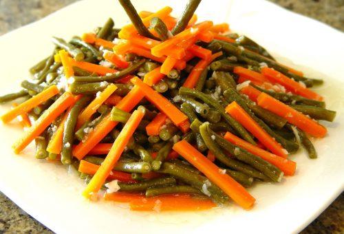 Havuçlu Börülce Salatası