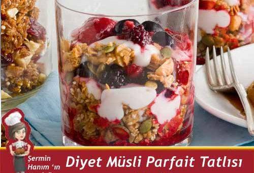 Diyet Müsli Parfait Tatlısı Tarifi.