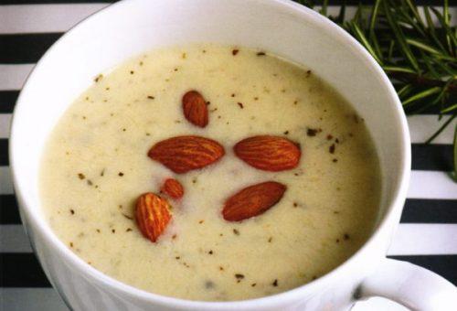Bademli Kremalı Kuşkonmaz Çorbası