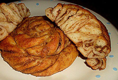 Haşhaşlı Cevizli Börek
