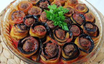Köfteli Patlıcan Yemeği
