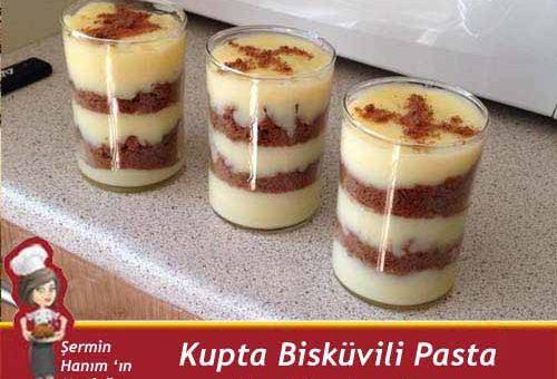 Kup' ta Bisküvili Pasta Tarifi.